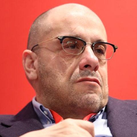 Roberto Moriondo 480x480
